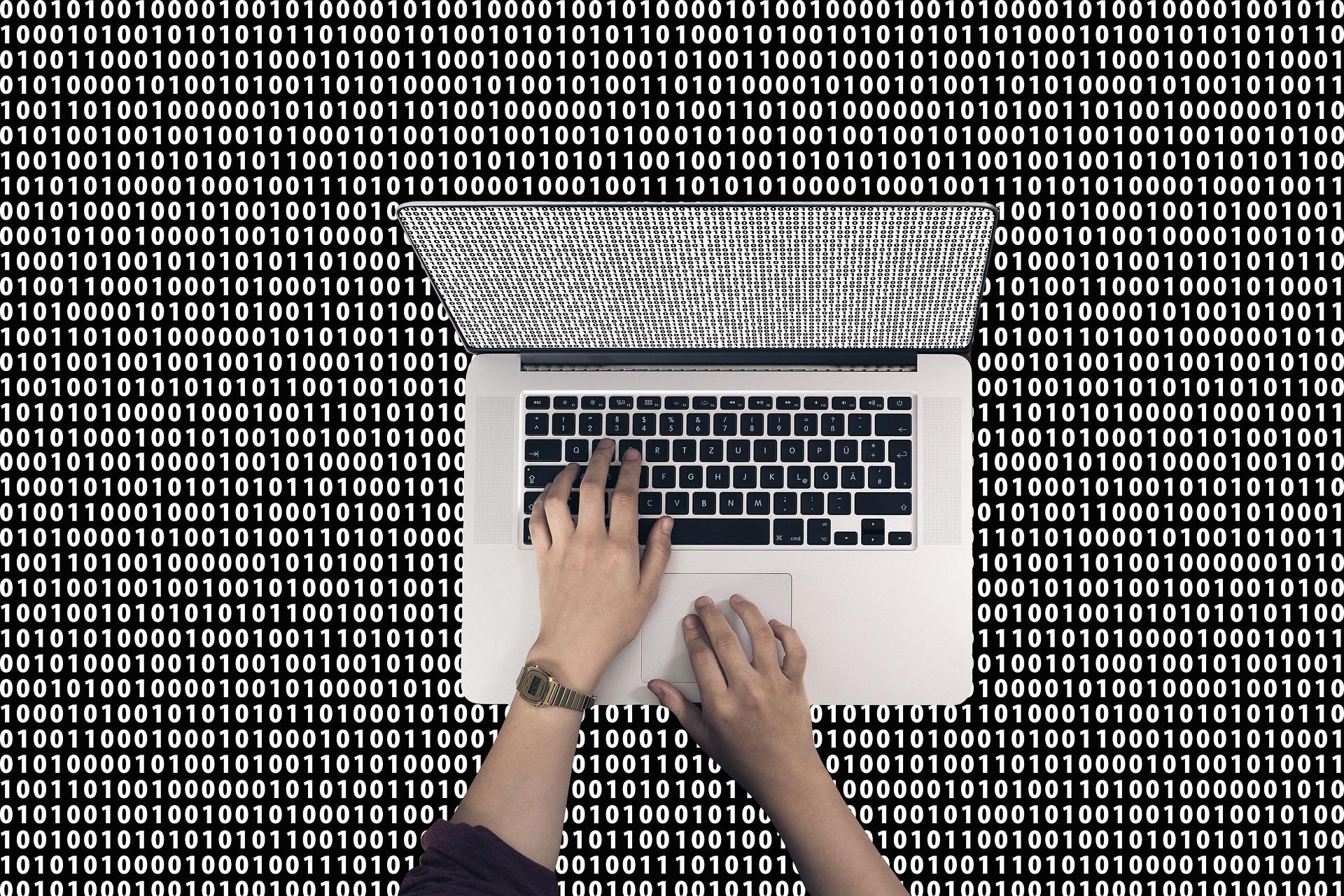 未経験からプログラマーへ転職したい人は失敗しない為に何からする?